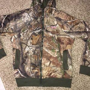 Camouflage zip up
